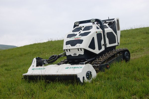 Multi-purpose remote (radio) controlled slope mower series HERB HY